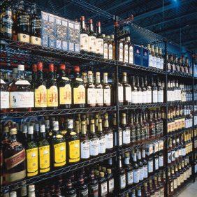liquor-display-2